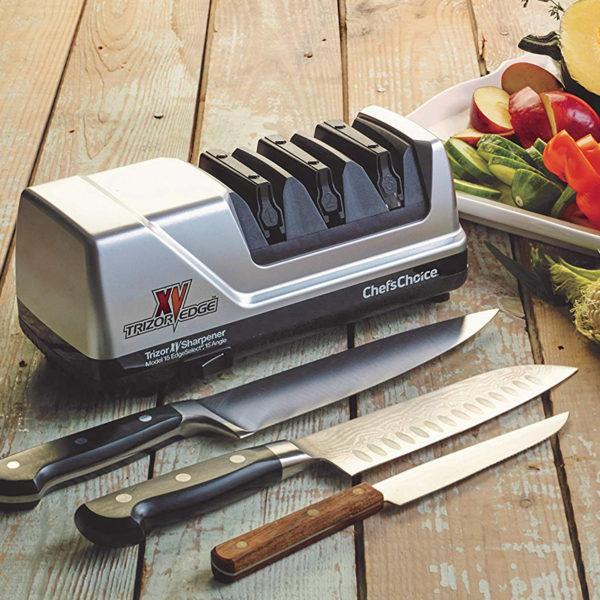 Электрическая точилка для домашних кухонных и профессиональных японских ножей Chef'sChoice 15XV, точилка подойдет для кухонных, складных, охотничьих и односторонних ножей. Официальный сайт ChefsChoice. Бесплатная доставка всех заказов!
